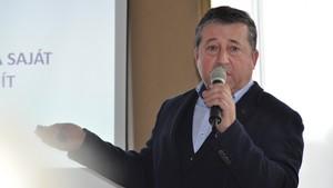 Dr Csicsor Janos Eloadas Kep S